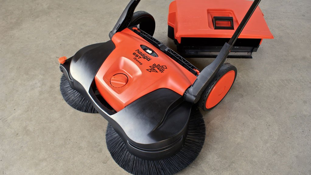 SWEEPING SUCCESS The intelligent airflow design of the walk-behind Haaga sweepers ensures efficient dust control