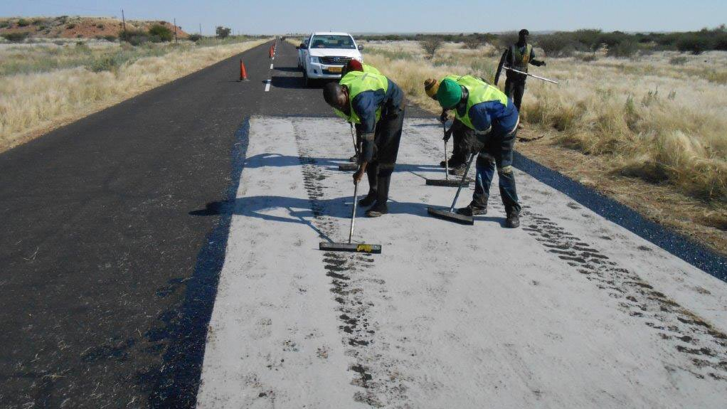 IDEAL PRODUCT  Using Fibertex AM-2 in road construction and maintenance projects allows for substantial infrastructural cost reductions