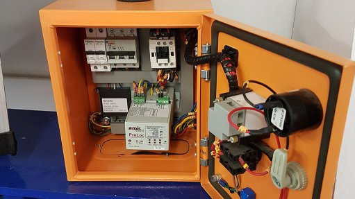 Relays assist with  cable-theft detection