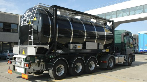 EFFICIENT HEATING Eltherm's EHT system makes controlled, efficient and constant heating solutions for tanktainers and road tankers