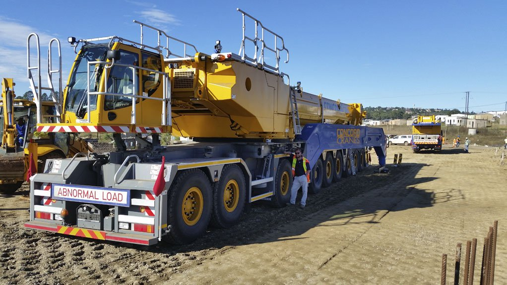 SHOWCASING CRANE CAPABILITIES
