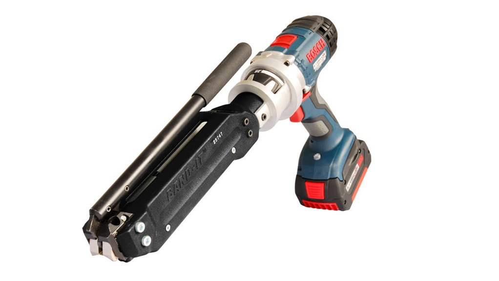 CLAMPING TOOL The UL4000-C is  an anti-theft ans cable management device that assist rail operators to end cable theft