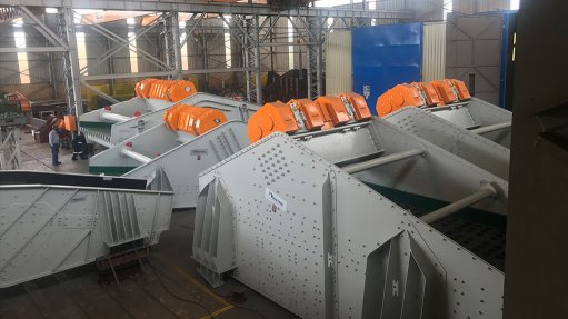Vibrating screens in  copper production process  vitally important