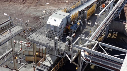 TRANSFER WINDOW  The Weba Chute System is a custom engineered transfer point solution designed to address the numerous issues plants face with material movement