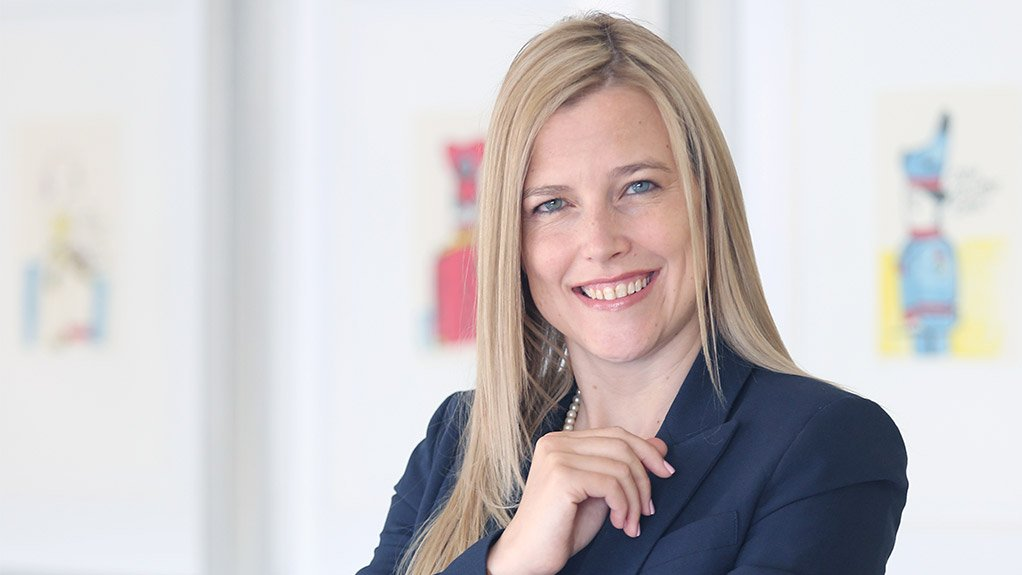 MELANIE DE NYSSCHEN