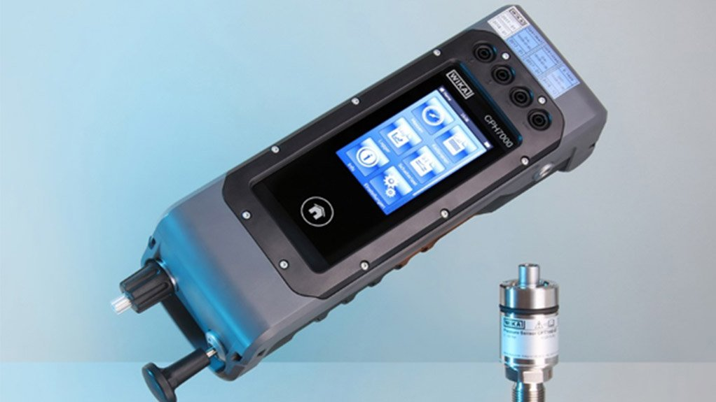 PORTABLE PROCESS CALIBRATION High-pressure measuring instruments can now also be tested in the field