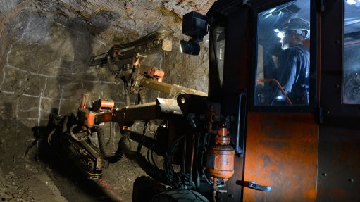 Hecla mines outperform; Klondex deal to close this month