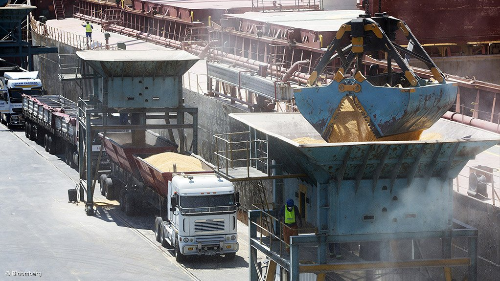 NEW REGULATION Companies are now required to declare their cargo conveyed to South Africa 24 hours prior to transportation