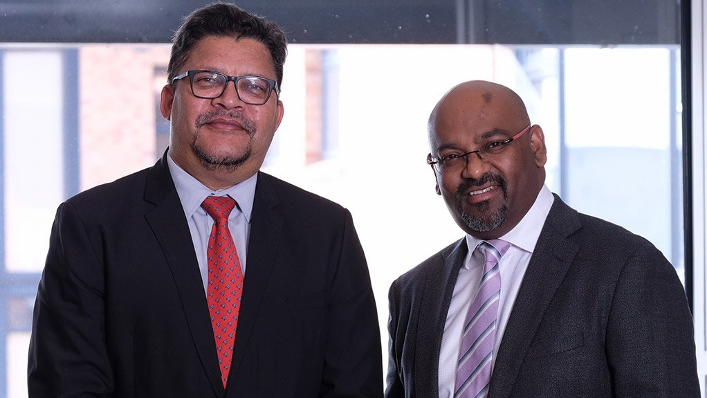 NERESH PATHER AND CHRIS CAMPBELL Consulting Engineers South Africa is encouraging partnerships among its member companies, in the form of joint ventures, to benefit in respect of growth and skills transfer