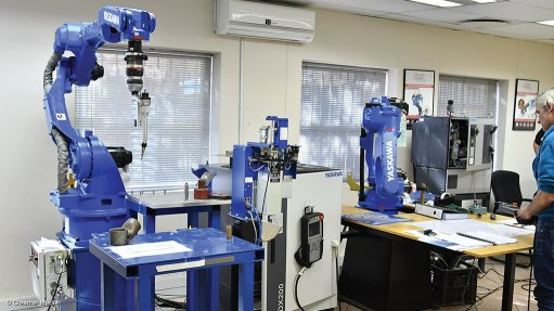 SAIW receives robot welding system for training
