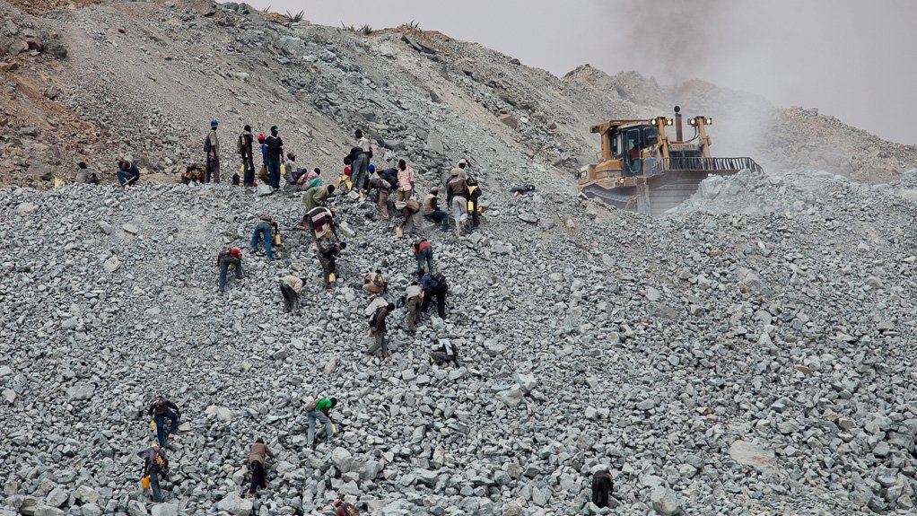 MARKET POTENTIAL The African mining waste management market is split between a handful of companies, however, there is potential for several small companies to enter the market in the form of independent waste management service companies