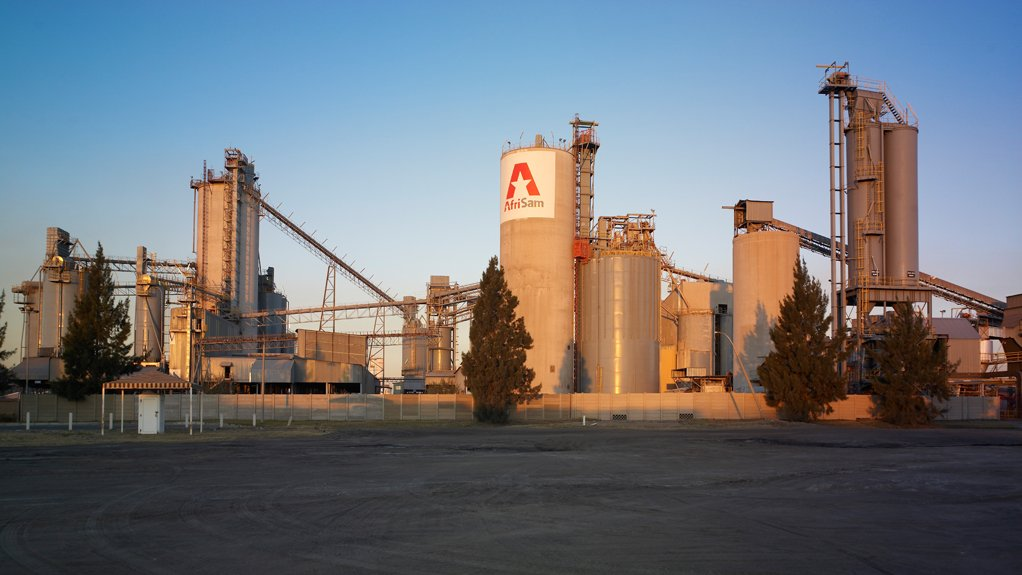 SOLID IMPACT AfriSam's Slagment operation in Vanderbijlpark has a production capacity of 800 000 t/y and prevents about 400 000 t of slag from ending up in stockpiles each year