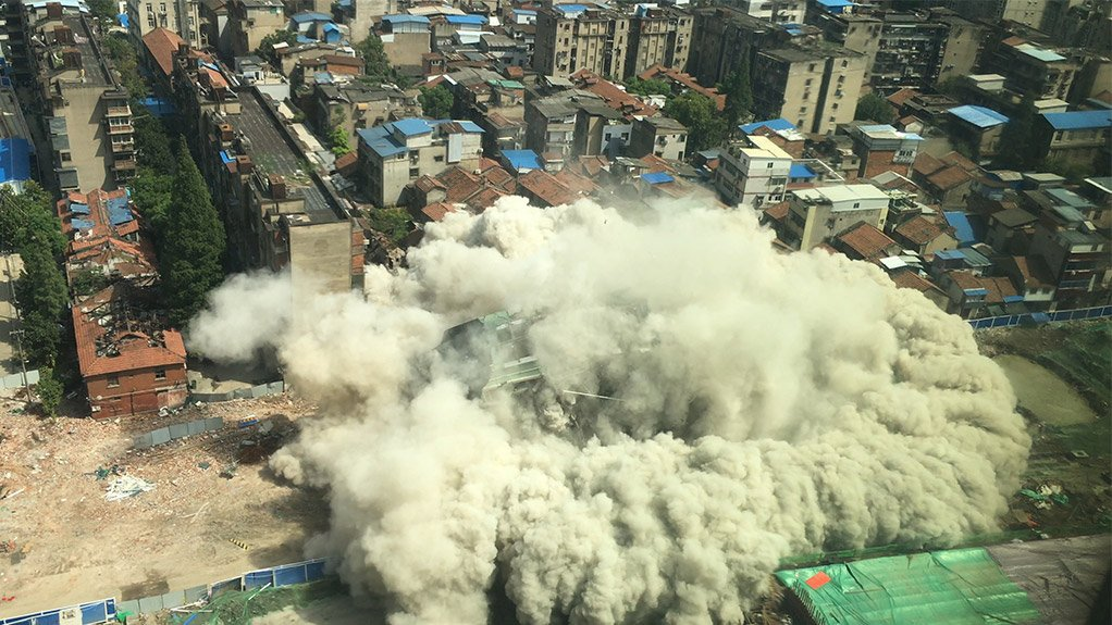EXPLOSIVE OPPORTUNITIES There are many waste streams where significant opportunities exist for diversion such as organic waste or construction and demolition waste