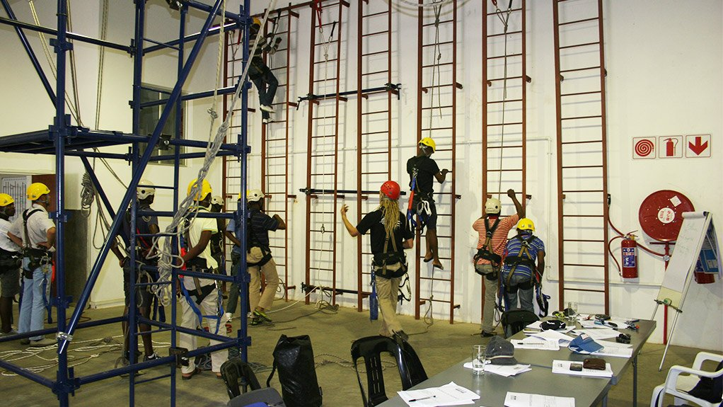 FALLS MINIMISED Trainees displays rope access skills while at heights