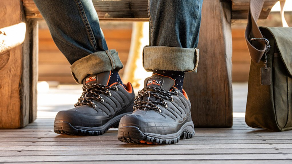 SPECIALISED RANGE Each style of footwear features rubber soles for high heat resistance, oil resistance, anti-slip and excellent durability