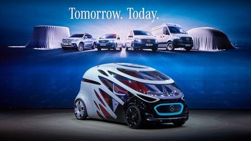 Mercedes-Benz unveils self-driving, electric, interchangeable van vision