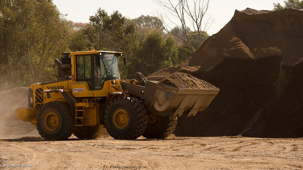 ALL-IN-ONE SERVICE FHS offers a fully customised service kit system for all forms of heavy earthmoving equipment