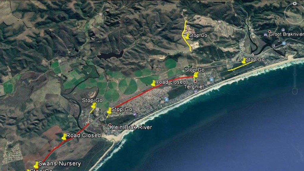 A number of stop/go controls will be implemented along the R102, between Hartenbos and the Great Brak River, to manage the flow of traffic where necessary