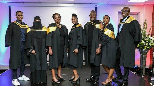 De Beers honours Diamond Beneficiators project's first graduates