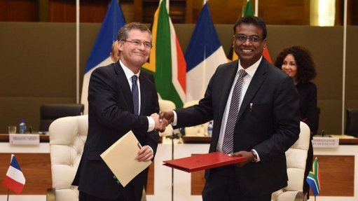 South African, French space agencies sign MoU on future cooperation