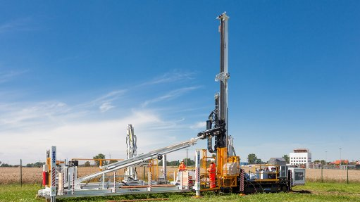 Drilling rig, loader introduced onto African drilling market