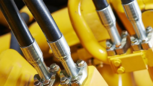 Hydraulic fluid reduces energy consumption
