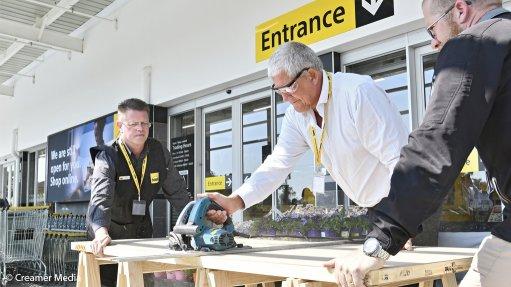 Builders Warehouse unveils new Boksburg store