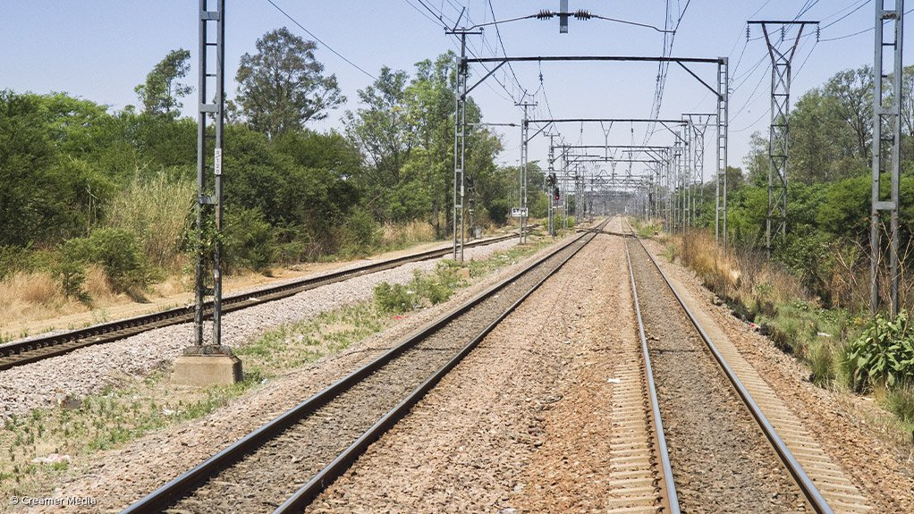 RAIL'S RIGHTFUL PLACE The Railroad Association of South Africa works to promote and protect the interests of its members and the rail industry