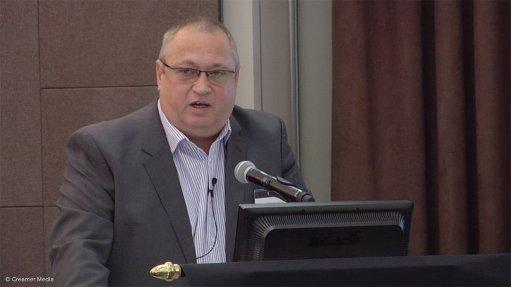 Sibanye halves job losses at its South African gold operations