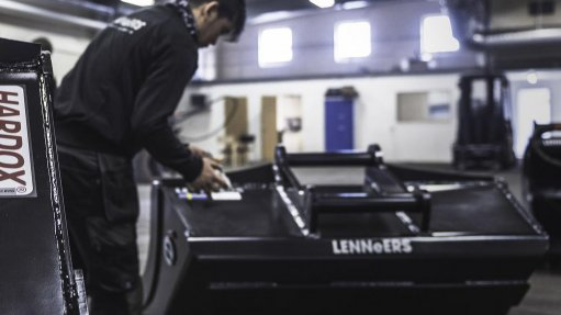 Bucket manufacturer Lennéers chooses Hardox wear plate from SSAB for increased wear resistance and reduced weight