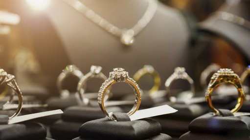 Demand for gold jewellery up in SA, but imports favoured