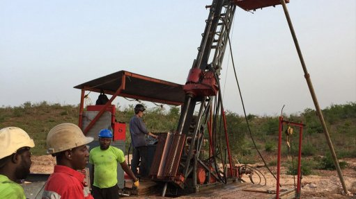 Soil grid survey reveals three distinct gold  geochemical trends