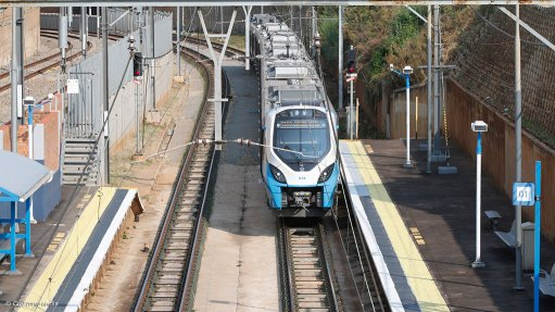 Theft, vandalism slow new train rollout at Metrorail