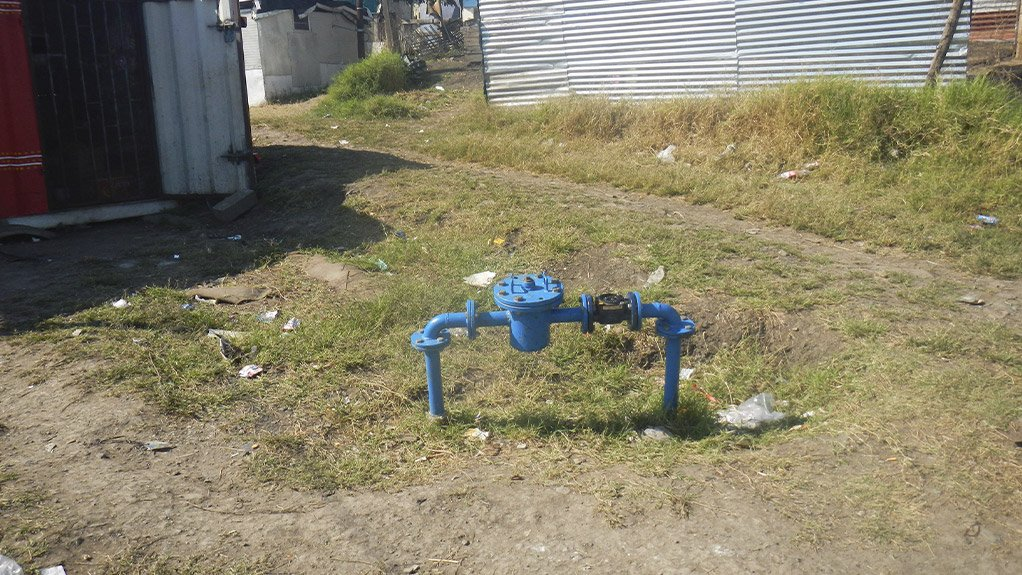 A FUTURE IN WATER The informal area and industrial, commercial and institutional metering project in the eThekwini municipal inspired some of SMEC South Africa's future engineers to consider water engineering as a career