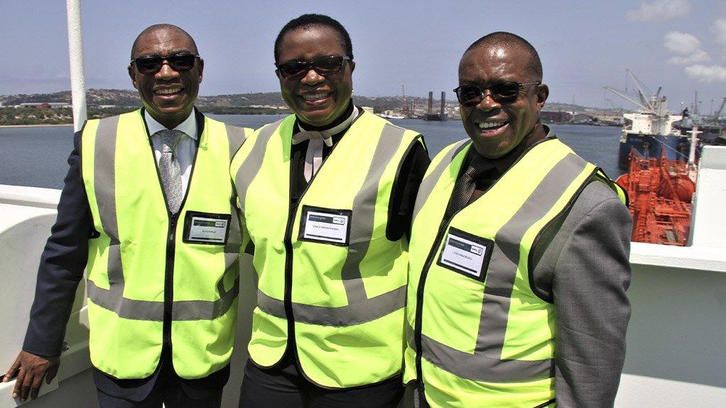 Sasol executive VP: advisory, assurance and supply chain Vuyo Kahla, Sasol senior VP: supply chain Grace Nndwammbi and Mnambithi Group chairperson Vusi Mazibuko