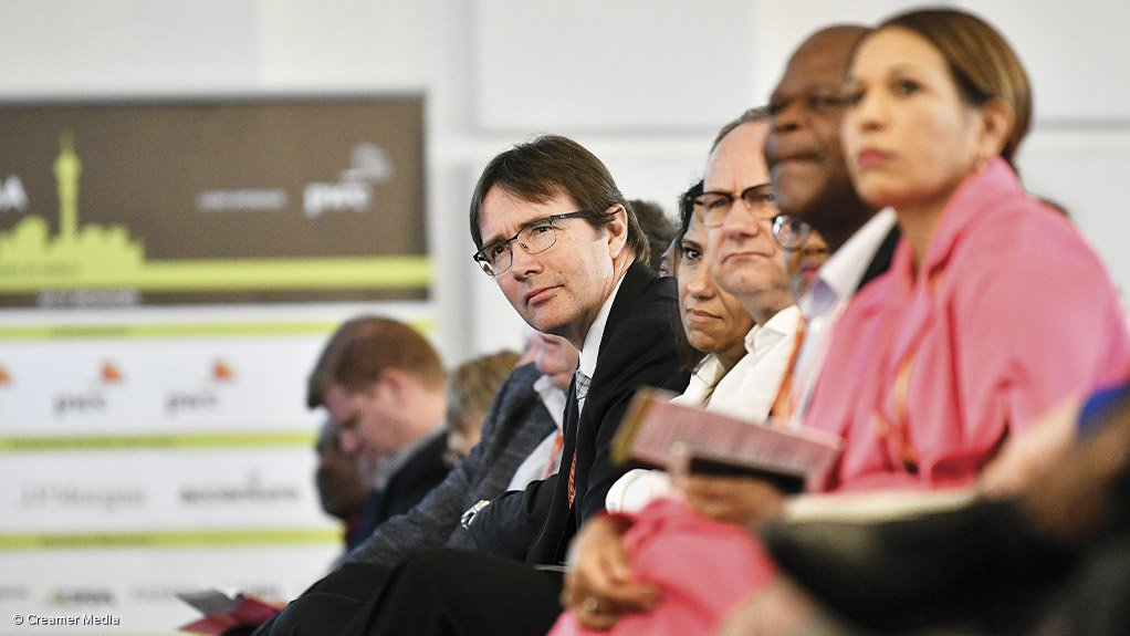 INDUSTRY COLLABORATION The Joburg Indaba is an industry platform which unpacks a wide range of critical issues affecting all stakeholders in mining, including the Minerals Council South Africa