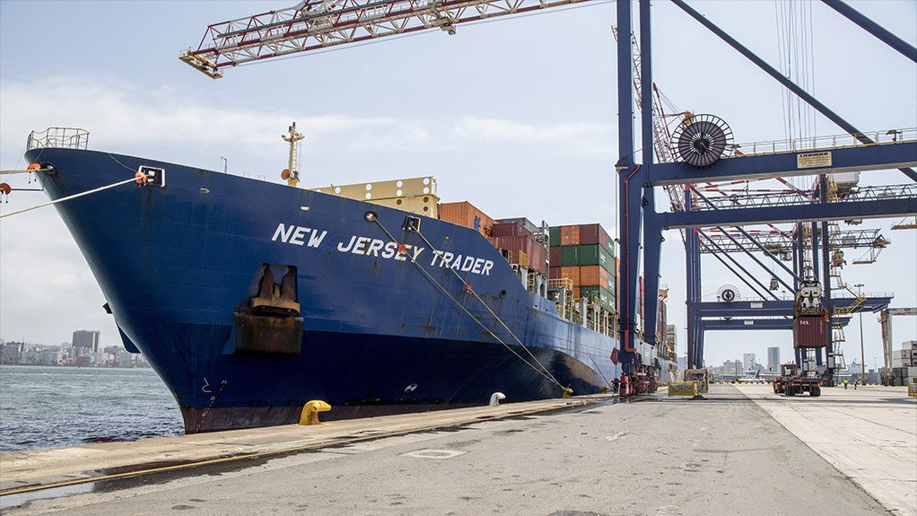 The container vessel MV New Jersey Trader