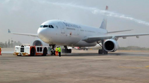 Solidarity says SAA nearing 'total collapse', wants it placed in business rescue