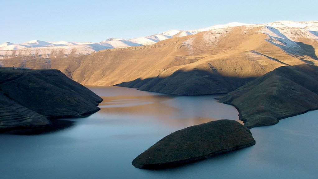 USEFUL BEAUTY The Katse dam not only supplies water to the South Africa but also hydro electricity and tourism to the Kingdom of Lesotho