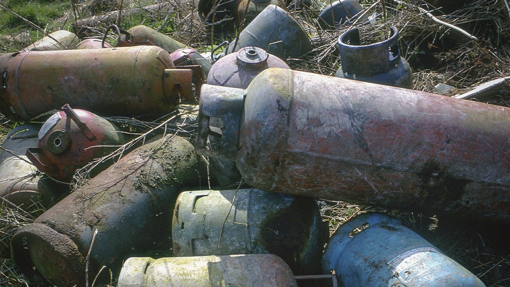 TIME TO SCRAP THIS PRACTICE Disposed cylinders create about 3 150 m3 scrap metal and can explode if not thoroughly evacuated