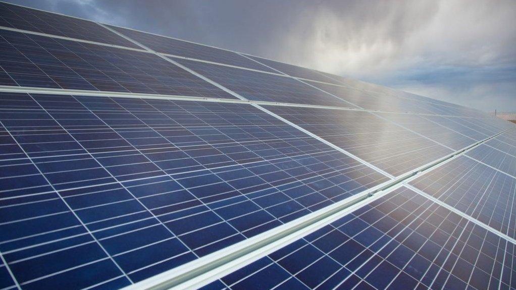 Shell builds solar farm to supply QGC gas venture