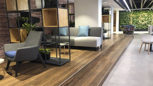 UPLIFTING Raised flooring allows for increased aesthetic appeal and accesses to hidden building services
