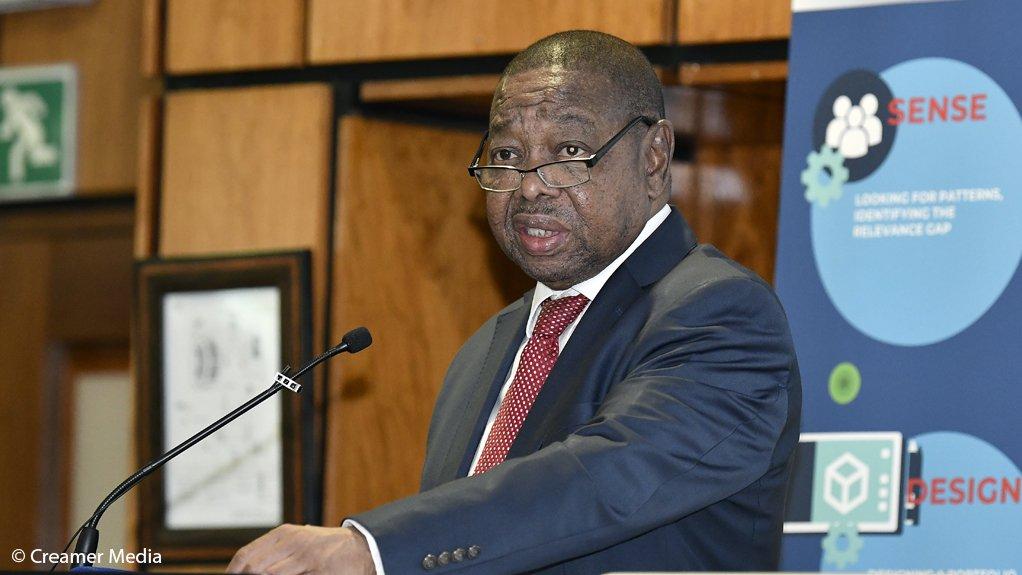 Dr Blade Nzimande