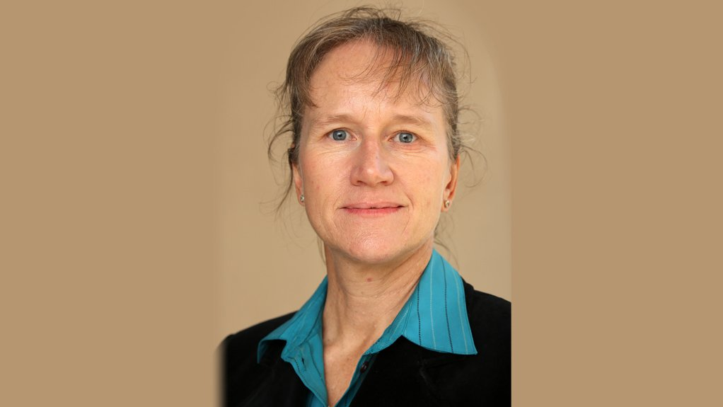 Avril Owens, SRK Consulting principal scientist