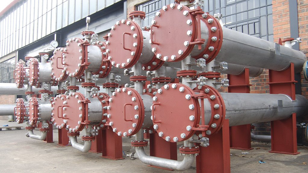 SOME LIKE IT HOT Shell and tube heat exchangers are one of the three types of heat exchangers to be discussed in the training course