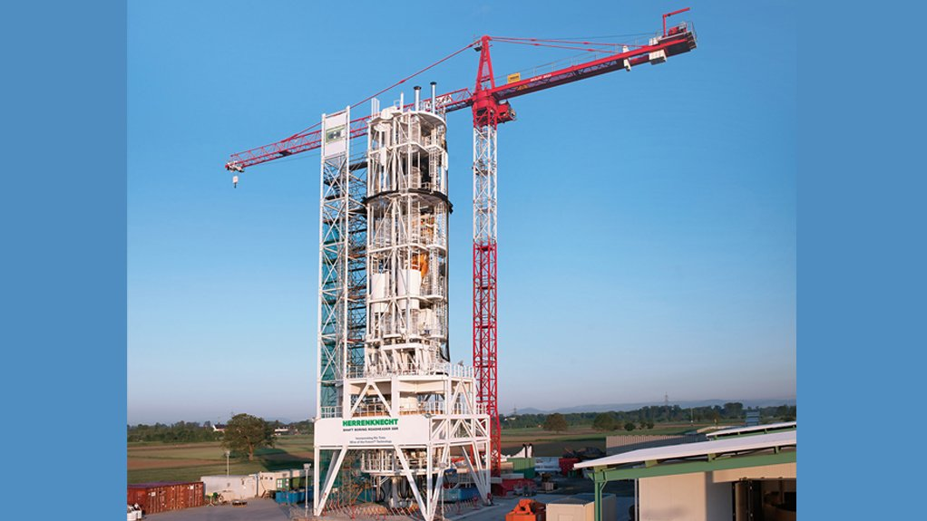 BIG IS BEAUTIFUL  The SBR machines weigh about 400 t each and are about 52 m high when assembled