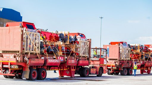 Cape Town Container Terminal acquires four new straddle carriers