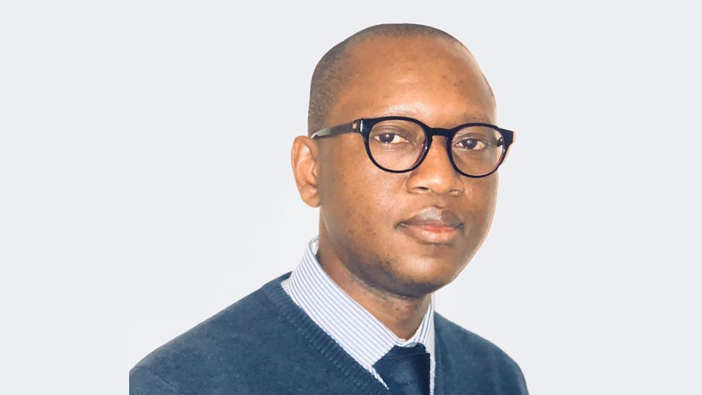 MOSHE MODISELLE The society includes radiographers, radiopharmacists, medical physisists. A challenge is that we have a shortages of these professionals, the support team in nuclear medicine