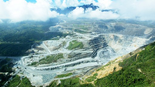 Papua New Guinea warns Barrick over gold mine control