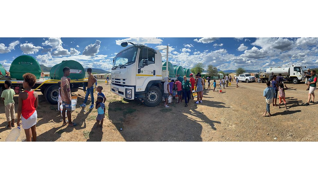 DISASTER RELIEF EFFORT These Isuzu water tank trucks operate daily between Makhanda and Graaff-Reinet in the Eastern Cape, where severe drought continues